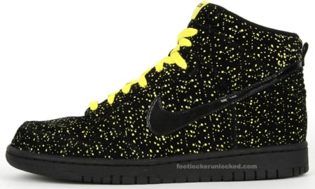 Nike Dunk High - Black / Volt - Yellow. While Jordan Brand continues to use