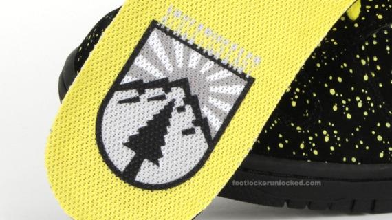 Nike Dunk High - Black / Volt - Yellow