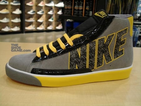 Nike Swooshless Blazer