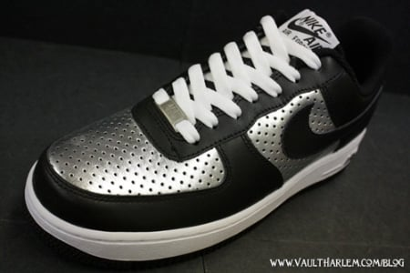 Nike Air Force 1 Black/Silver