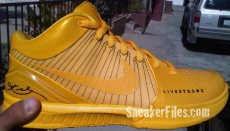Nike Zoom Kobe IV (4) LIVESTRONG PE