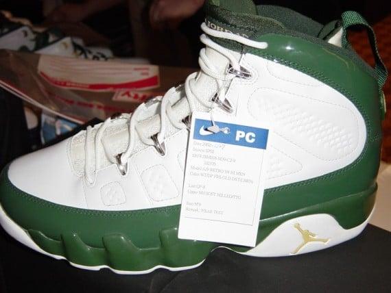 LeBron Wearing Air Jordan IX (9) PE