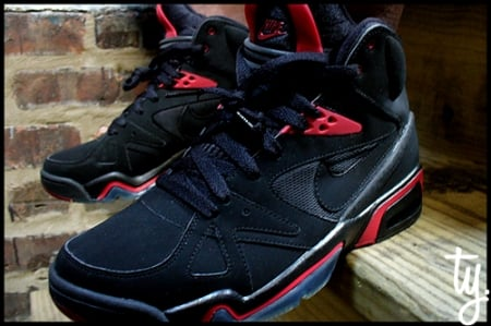Nike Air Hoop Structure Black/Red