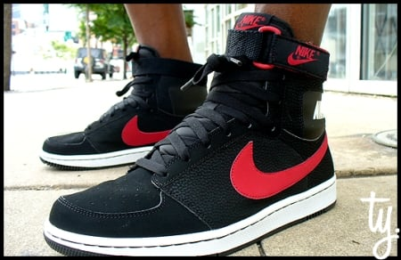 Nike Dynasty Hi Black/Red - Fall 2009