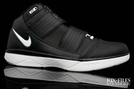 b8457db7f08 Nike Zoom LeBron Soldier III (3) XDR