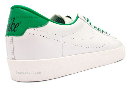 Nike Tennis Classic - Vintage Green 2