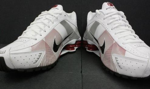 NikeShoxR4Flywire2