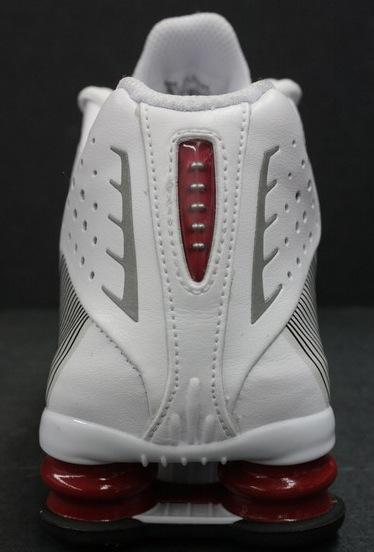 NikeShoxR4Flywire3