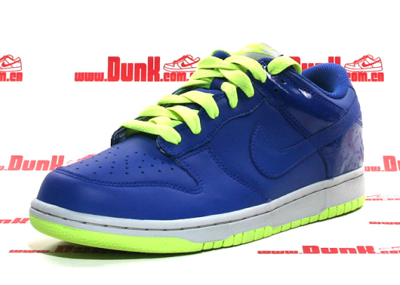 Nike Dunk Low CL - Hyper Blue / Volt - Metallic Platinum