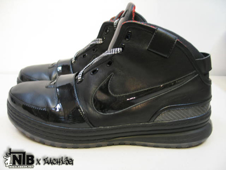 Nike Zoom LeBron VI (6) - Triple Black Wear Test Sample