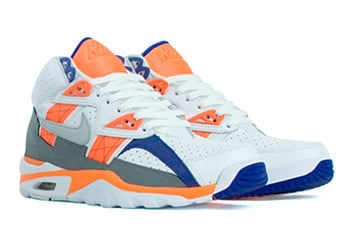 nike-trainer-sc-white-blue-orange-1