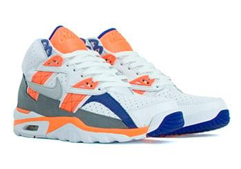 nike-trainer-sc-white-blue-orange-1