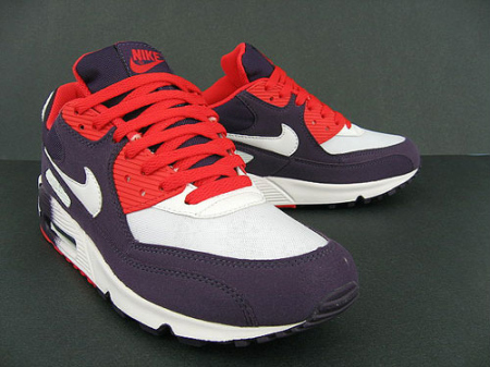 Nike Womens Air Max 90 - Grand Purple / Infrared - White