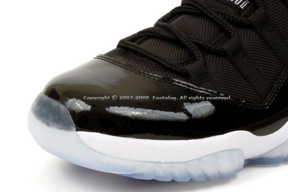 Air Jordan Retro XI (11) Space Jam - New Images