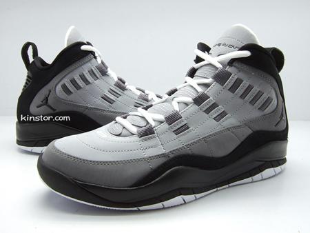 Air Jordan Hallowed Ground - Black / Grey / White
