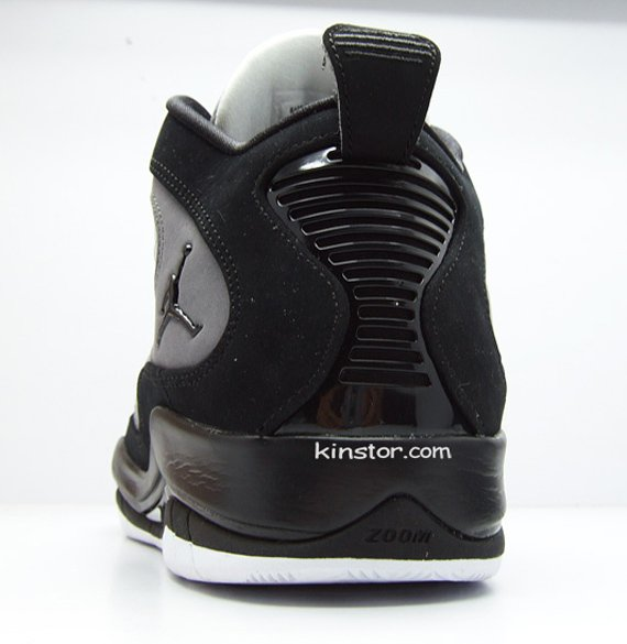 Air Jordan Hallowed Ground - Black / Grey / White