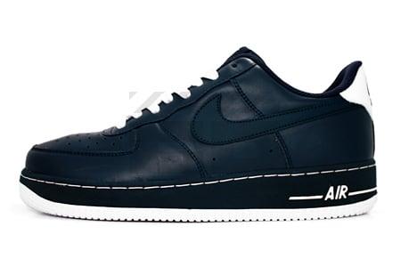 Nike Air Force 1 '07 - Obsidian / White