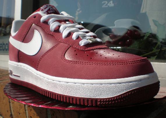 Nike Air Force 1 - Team Red