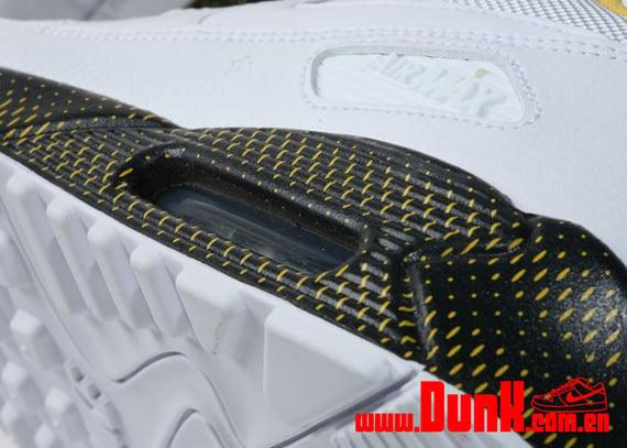 Nike Air Max 90 - White / White - Varsity Maize