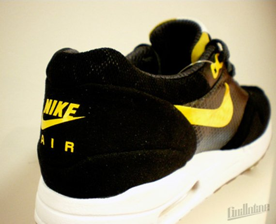Nike Air Maxim 1 Torch - Black / Varsity Maize - Anthracite