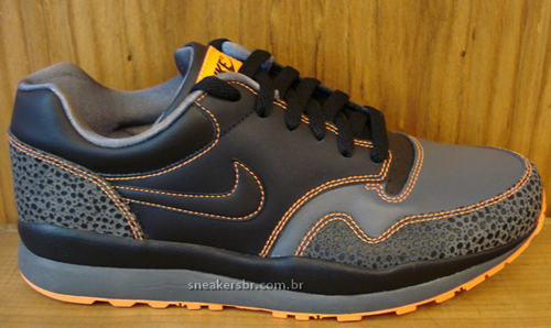 nike-air-safari-87-retro-2