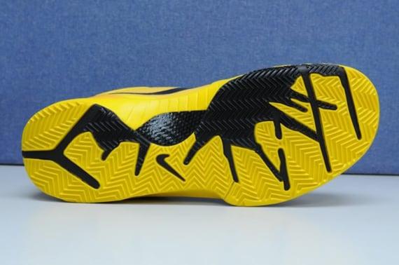 Livestrong x Nike Zoom Kobe IV (4) - Sue Bird PE
