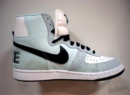 Nike-Spring-2010-Terminator-02