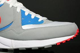 NikeAMLightGreyBlueRed3