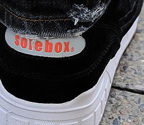 SoleboxSauconyShadow901