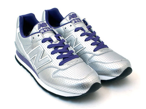 atoms-xgirl-new-balance-996-1