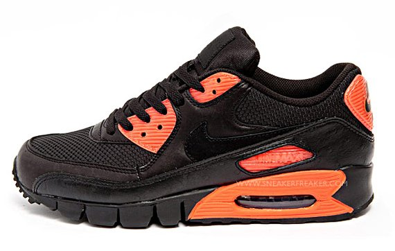 Nike Air Max 90 Current - Black / Infrared