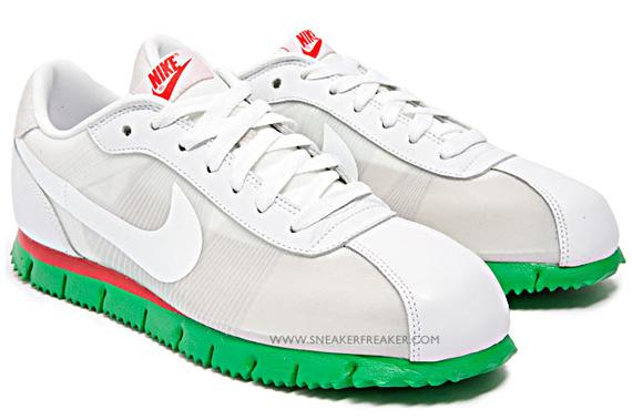 Nike Cortez Flymotion - Holiday 2009