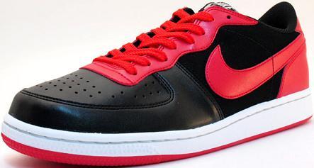 NikeTerminatorLow1