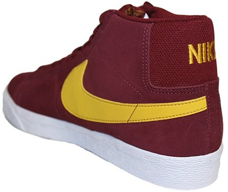"67b82bbfe92aa8 Via ANYConline. TAGS  Nike · Nike SB Blazer. SHARE. Facebook · Twitter.  Previous articleNike SB Zoom Air Harbor ""Raiders"" Now Available"