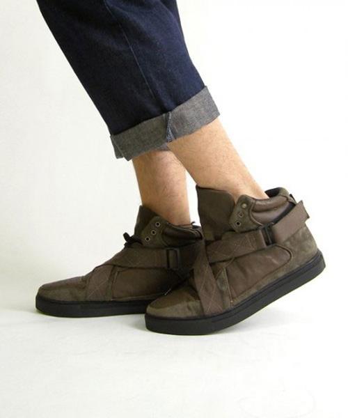 ag-sneakers-2