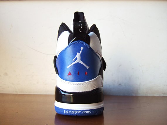 Air Jordan Flight 45 High - White / Black - Blue