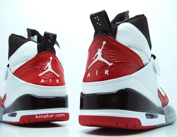 Air Jordan Flight 45 High - White / Red - Black