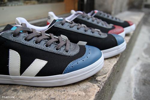 cyclope-veja-footwear-sneakers-tshirt-2