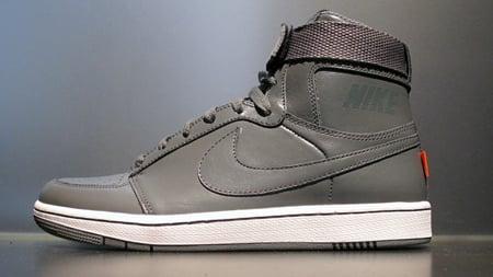 Nike Dynasty High LE Quickstrike - November 2009