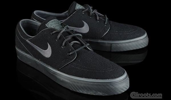 Nike SB Zoom Stefan Janoski Black Wool