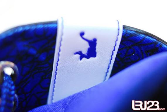 Nike Zoom LeBron VI (6) - Black / White / Blue Sample