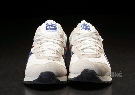 Onitsuka Tiger X-Caliber - White / Red / Blue