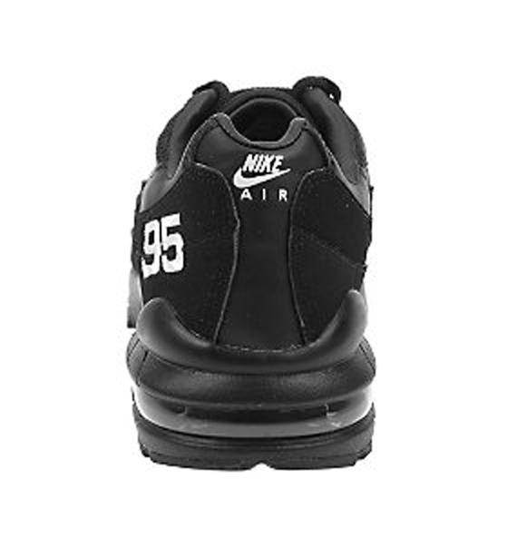 Nike Air Max 95 - Black / White