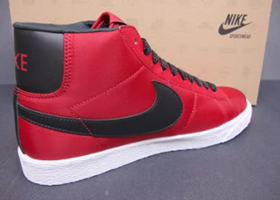 red and black nike blazers high