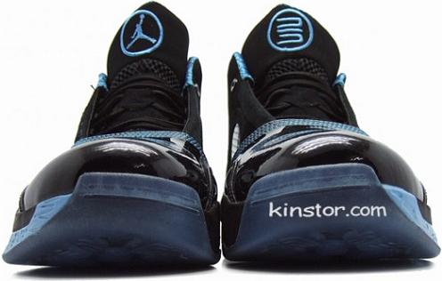 Air Jordan 2010 BlackUniversity Blue Detailed Pictures