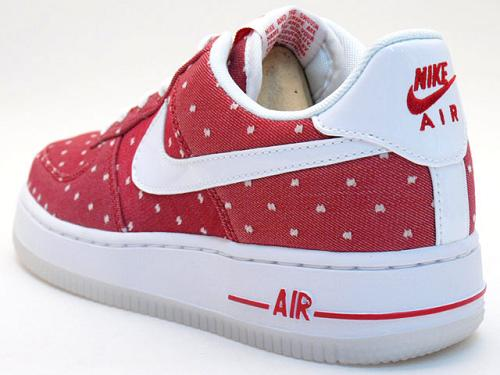 Nike Air Force 1 Low LE Valentine's Day