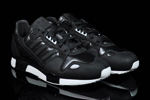 best cheap 507ba 7a3d9 adidas ZX800 Black/White | SneakerFiles