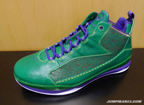 Air Jordan CP3.III - Mardi Gras