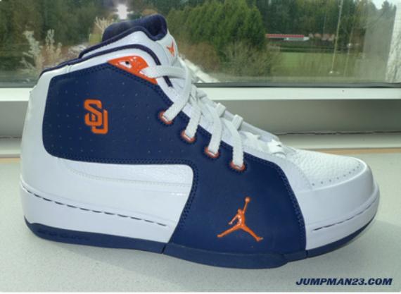Air Jordan Melo M6 - Syracuse PE