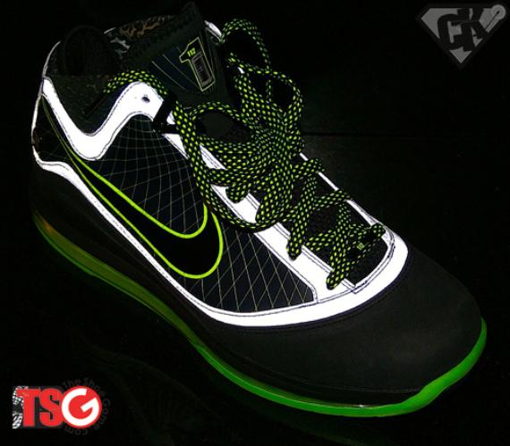 DJ Clark Kent x Nike Air Max LeBron VII (7) - 112 Pack